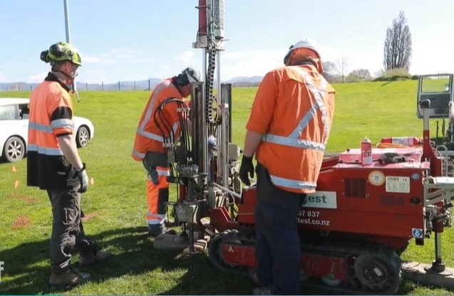 McMillan Drilling working with University of Canterbury's Dr Gabriele Chiaro, to explore why gravelly soil liquefies and what can be done to strengthen the ground.